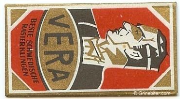Vera Razor Blade Wrapper